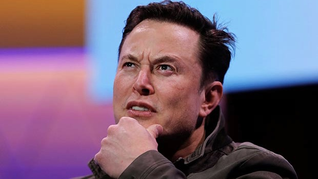 Elon Musk To Open Vape Shop On Mars In Two Months